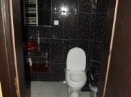 Running elite hotel with ten modern rooms in the centre of Batumi. For 24-hours, or longer periods of stay. Located in the region of artists. Photo 18