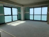 Элитная квартира в центре Батуми с видом на море. Купить квартиру с видом на море в центре Батуми, Грузия. Фото 2
