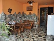 Действующая гостиница на 10 номеров в Батуми Фото 5