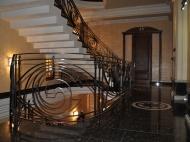 Действующая гостиница на 10 номеров в Батуми Фото 7
