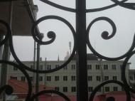 Аренда квартиры у центрального бульвара в старом Батуми,Грузия. Фото 14