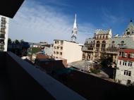 Апартаменты в новом элитном комплексе у моря на ул.Тавдадебули, угол ул.Руставели в центре Батуми. 7-этажный жилой комплекс у моря в центре Батуми, Грузия. Фото 6