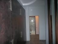 Квартира с ремонтом и мебелью в центре Батуми Фото 3
