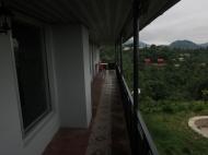 Частный дом с ремонтом в пригороде Батуми. Частный дом с видом на море и на город Батуми, Грузия. Фото 4