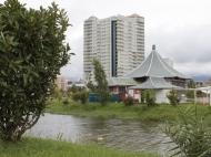 Жилой комплекс у моря в центре Батуми на ул.Горгиладзе, угол ул.Джавахишвили. Квартиры, апартаменты в новом жилом комплексе у моря в центре Батуми, Грузия. Фото 1
