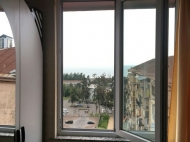 Квартира в Батуми у моря с современным ремонтом Фото 4
