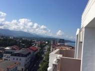 Жилой комплекс на берегу Черного моря в Кобулети. Апартаменты с видом на море в жилом комплексе у моря в центре Кобулети, Грузия. Фото 8