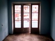 Продажа квартиры в центре Батуми Фото 5