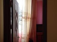 Квартира с ремонтом и мебелью в тихом районе Батуми, Грузия. Фото 2