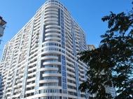 24-х этажный дом у моря на ул.Кобаладзе, угол ул.Инасаридзе в Батуми, Грузия. Купить квартиру у моря в новостройке Батуми. Фото 2