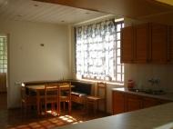 Вилла в Сагурамо. Купить особняк с ремонтом в пригороде Тбилиси, Грузия. Фото 18