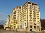 Апартаменты в жилом комплексе гостиничного типа на берегу моря в центре Гонио. ЖК гостиничного типа у моря в центре Гонио, Грузия. Фото 3