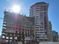 18-этажный дом у моря в Батуми на ул.Инасаридзе, угол ул.Кобаладзе. Фото 4