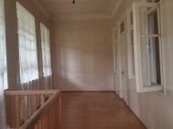 в окрестностях Кобулети продается двухэтажный частный дом с земельным участком. Фото 5
