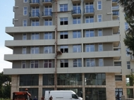 Новостройка на берегу моря в центре Кобулети. Квартиры в новом жилом доме на берегу моря в центре Кобулети, Грузия. Фото 9