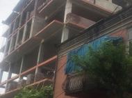Новостройка у моря в Батуми. Квартиры в новом жилом доме у моря в центре Батуми, Грузия. Фото 3