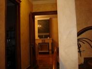 Элитный дом с дорогим ремонтом в Старом Батуми Фото 4