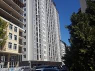 20-этажный дом на ул.В.Горгасали, угол ул.Джавахишвили, в центре курортного города Батуми. Купить квартиру у моря в новостройке Батуми. Фото 1