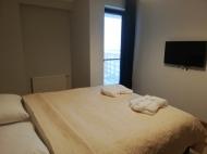 Квартира в новостройке с ремонтом и мебелью в центре Бакуриани. Купить квартиру с видом на горы в Бакуриани, Грузия. Фото 5